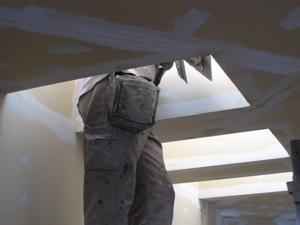 天窓の下地作業